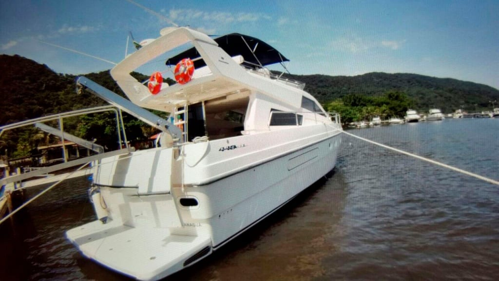 Aluguel de Lancha Intermarine 440 Full - Guarujá