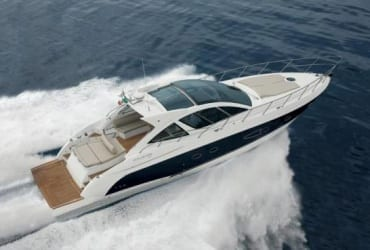 Maré Alta Charter, aluguel de barcos, lanchas, yachts e veleiros em Balneário Camboriú