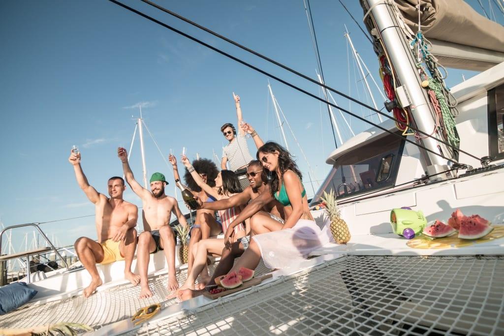 alugar barco carnaval
