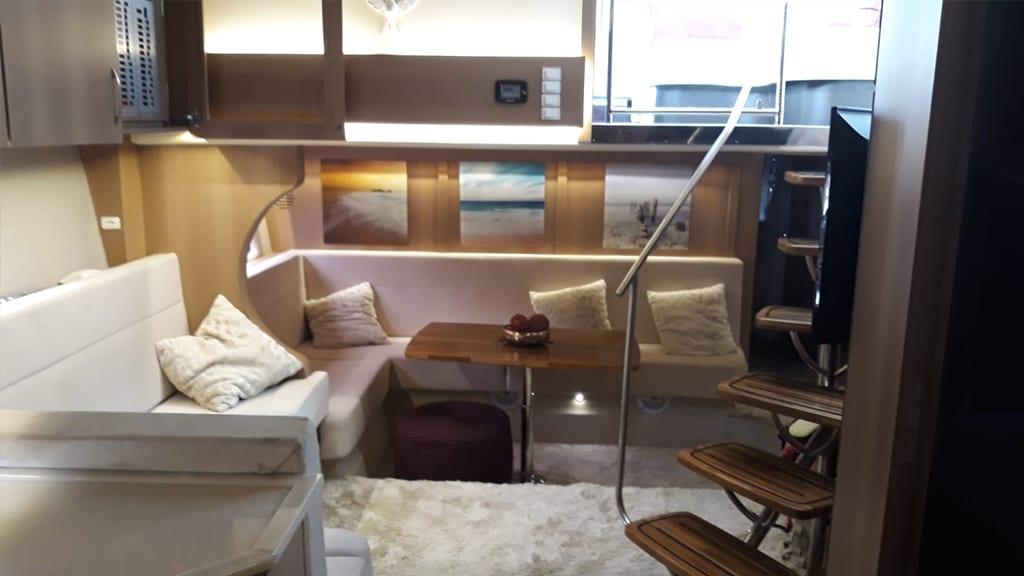 Aluguel de barco Guarujá - Cimitarra 560